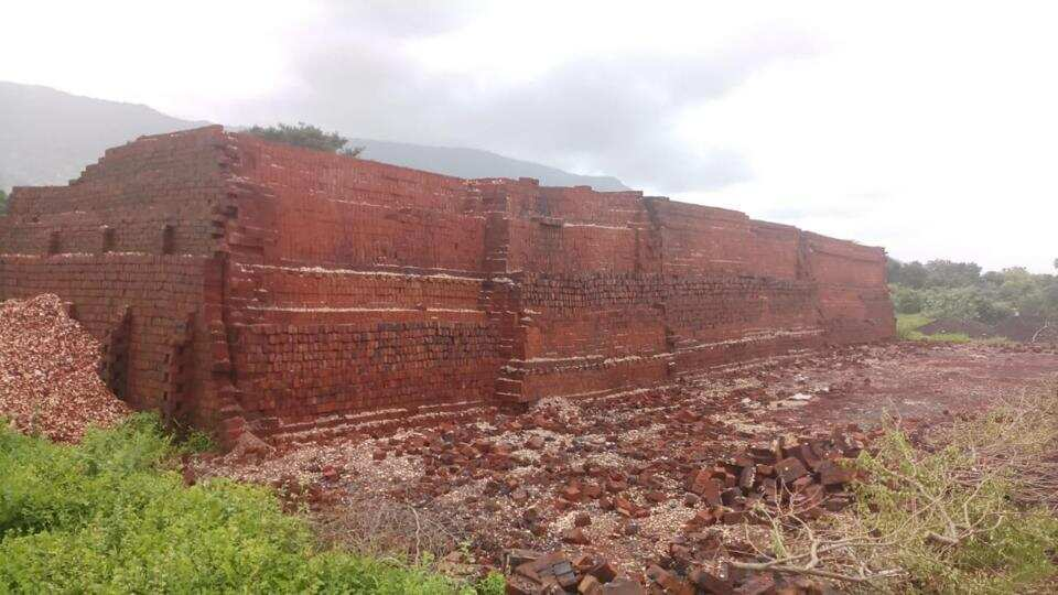 Brick kilns located in Palghar and Thane districts in the Mumbai Metropolitan Region.