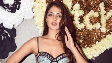 Photo of Rhea Chakraborty's lawyer on reviews of her confessing to medicine chats: 'We go by what CBI, ED, police or NCB formally says' – bollywood