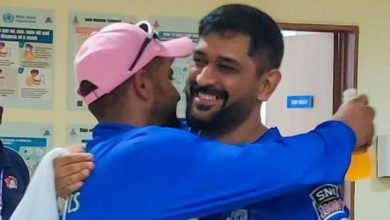 Photo of 'We hugged & cried': Raina reveals Dhoni's response post-retirement; offers cause for selecting August 15 date