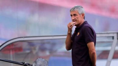 Photo of Barcelona hearth coach Quique Setien three days after 8-2 loss to Bayern Munich
