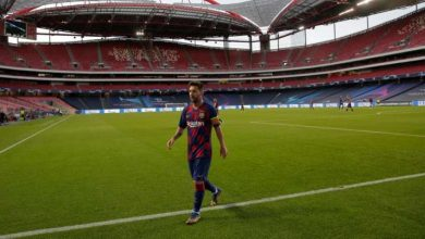 Photo of Lionel Messi tells Barcelona he desires to depart the membership