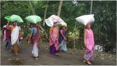 Photo of Zomato Feed India joins hand with NSS to distribute meals to 1000 households in Assam flood space